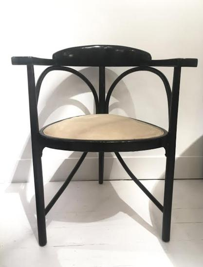 Tripods chair by Michael Thonet